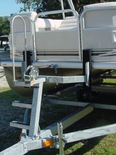 BOW STOP PONTOON WITH LADDER PO6255