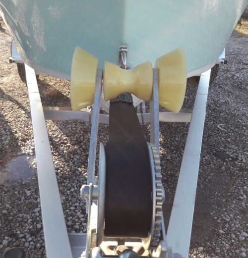 Boat Trailer Parts Place – Tampa Florida -BOW STOP ROLLER ASSEMBLY COMPLETE WITH BELLS BOLT AND NUTS AND WASHERS PO6292
